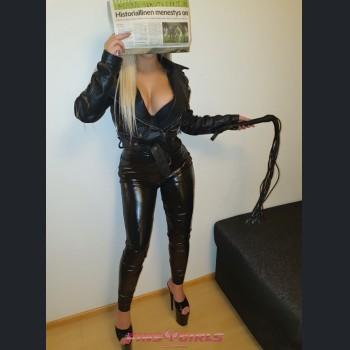 Suomen escort tyttö: Maya - 4