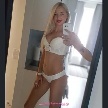 Suomen escort tyttö: Christina - 18