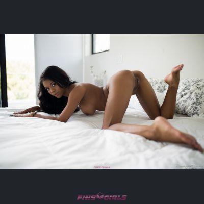 Suomen escort tyttö: Becky - 4
