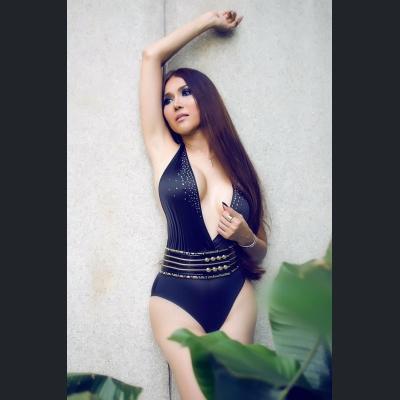 Sexwork & Escort in Finland - Escort girl: Transexual delightful model